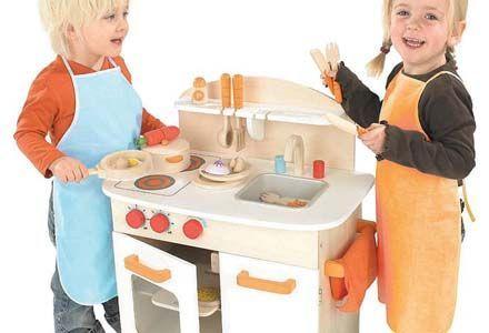 Gourmet play kitchen