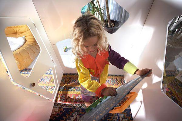 Cabane enfant int rieur kyoto kids smartplayhouse for Cabane enfant interieur