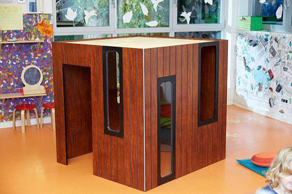 Casita de madera interior Hobikken vista de ángulo