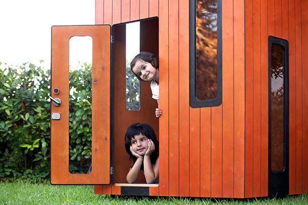 Kinderhaus garten auf Holz