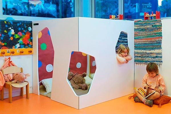 cabane enfant moderne kyoto 2w smartplayhouse moderne et chic maisonnettes pour enfants. Black Bedroom Furniture Sets. Home Design Ideas