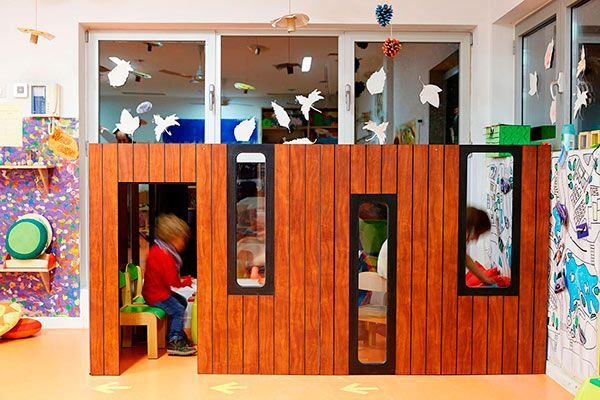 spielhaus holz f r drinnen hobikken 3w smartplayhouse modern luxury playhouses. Black Bedroom Furniture Sets. Home Design Ideas